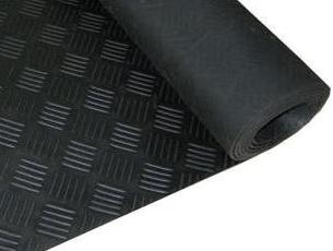 Pavimento checker 3 mm por metro lineal