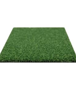 Colocando grama por metros
